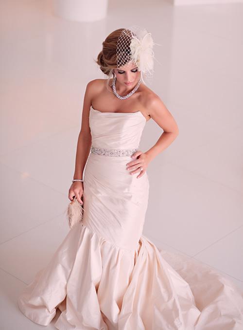 Penteado de noiva que emite luxo