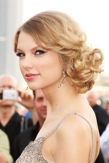 Taylor Swift - Music Awards 2009