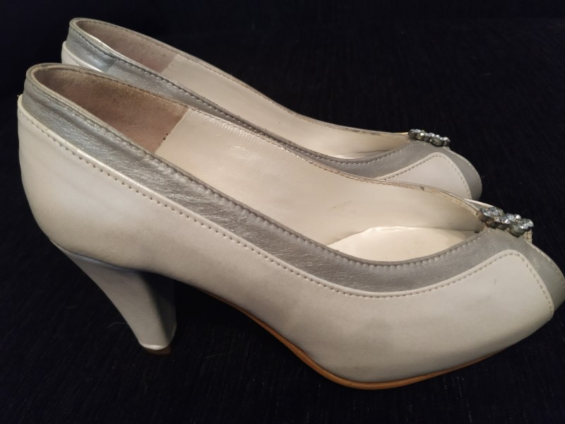 Sapatos Noiva Xs tipo Cinderela**Nunca usados**20