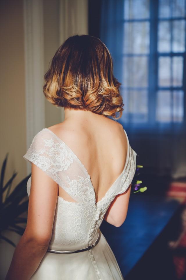 noiva com decote nas costas