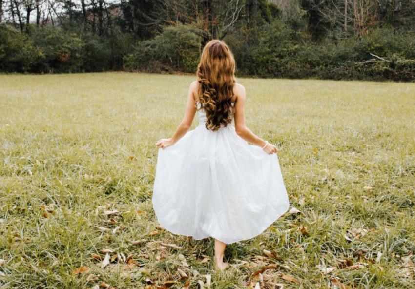 Noiva com cabelos soltos
